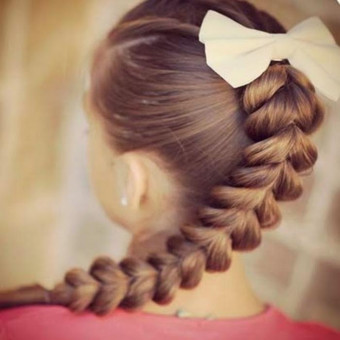 Прически девочке на длинные волосы с